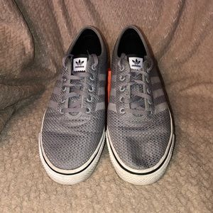 adidas Men's Adiease Woven Skate Shoes Size 9.5